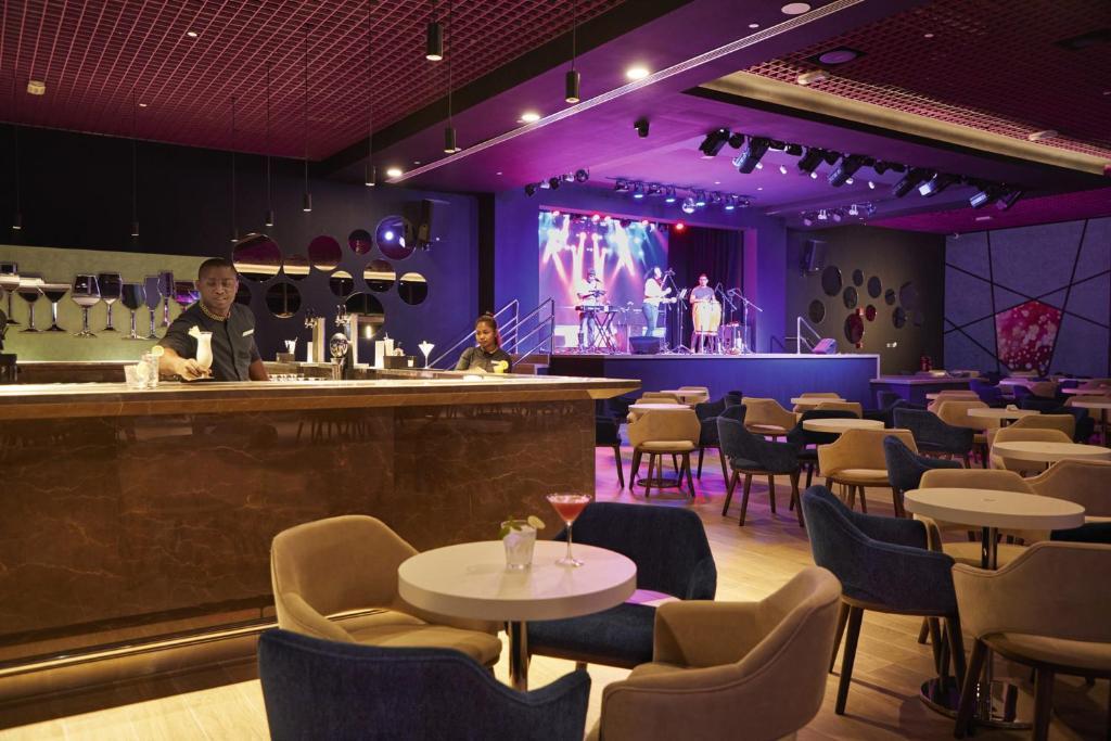 Riu Hotel Dubai